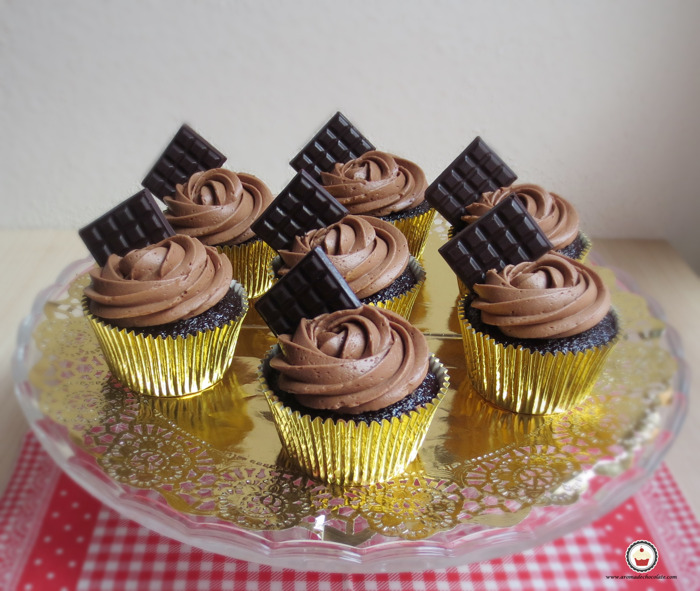 Cupcakes de chocolate. Aroma de chocolate