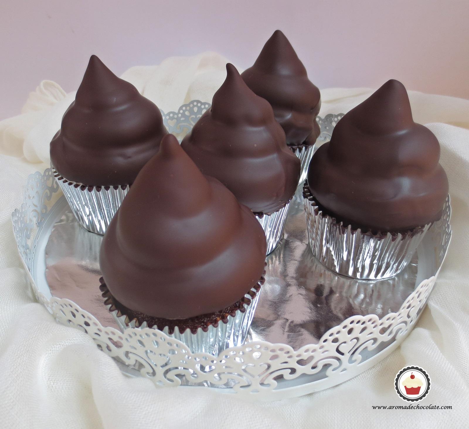 Bandeja Hi Hat Cupcakes. Aroma de chocolate