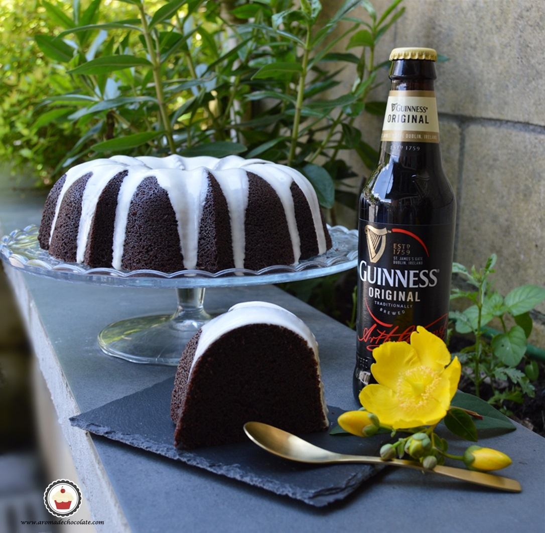 Bundt cake de chocolate y cerveza Guinness. Aroma de chocolate