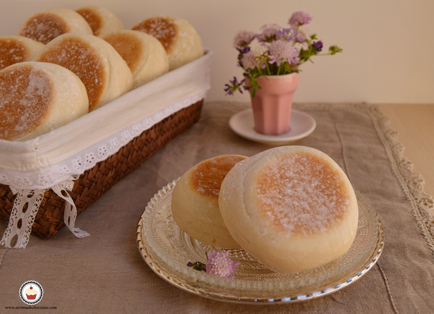 English muffins. Aroma de chocolate