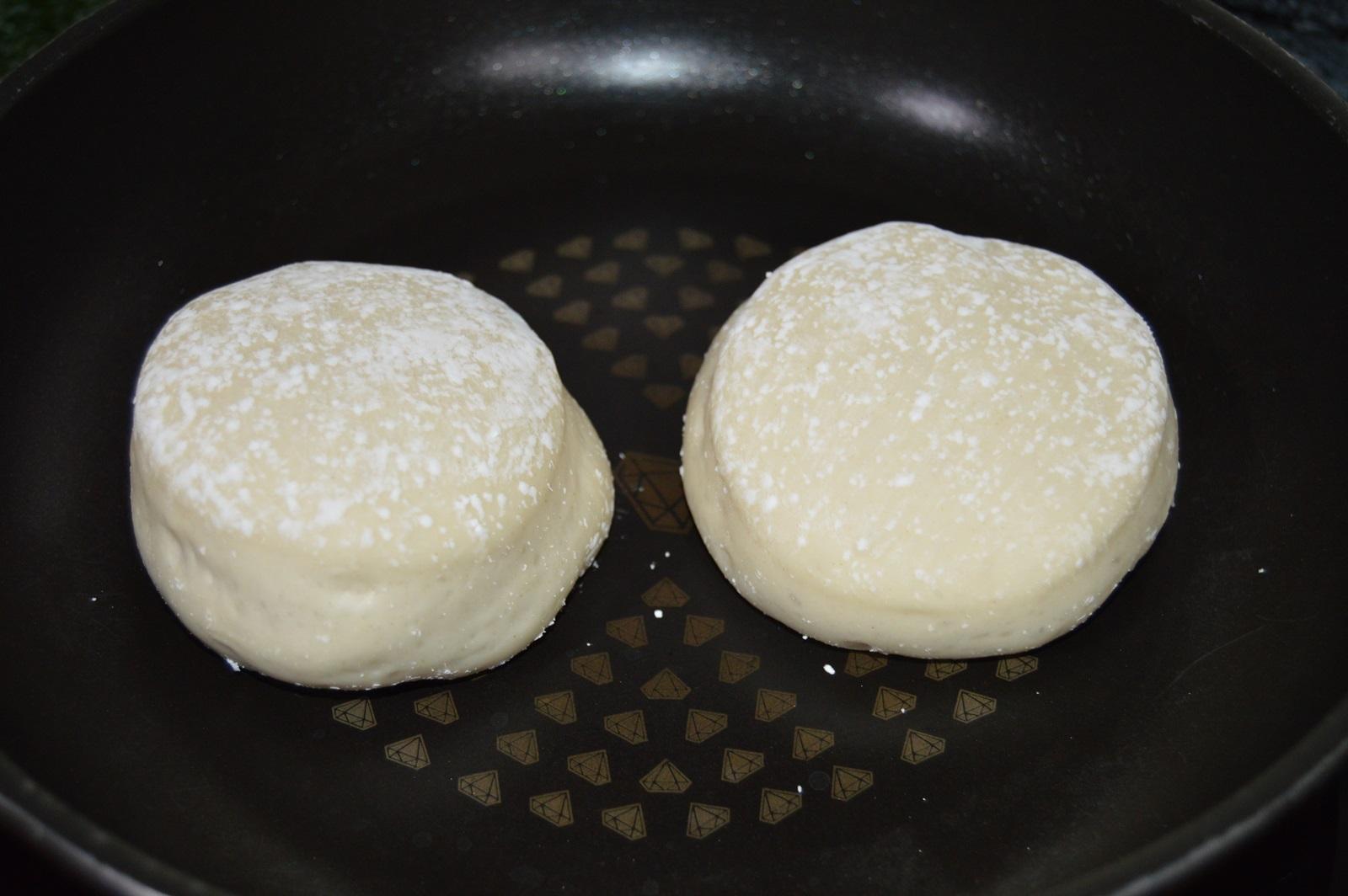 Masa de muffins levada. Aroma de chocolate