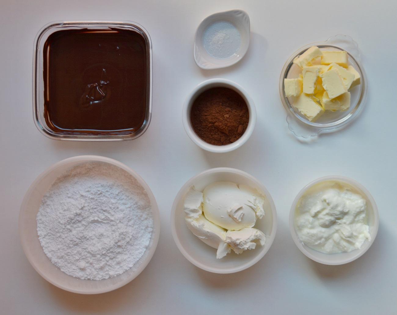 Ingredientes crema de queso y chocolate. Aroma de chocolate