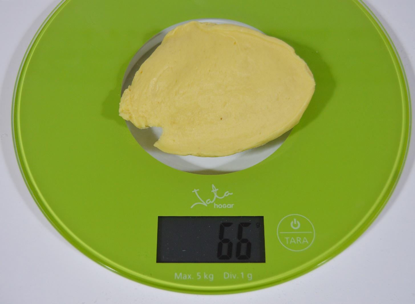 Porciones de masa. Aroma de chocolate