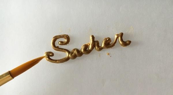 Letras decoración Sacher. Aroma de chocolate