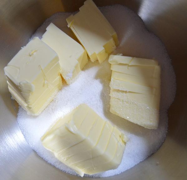 Mantequilla, sal y azúcar. Aroma de chocolate