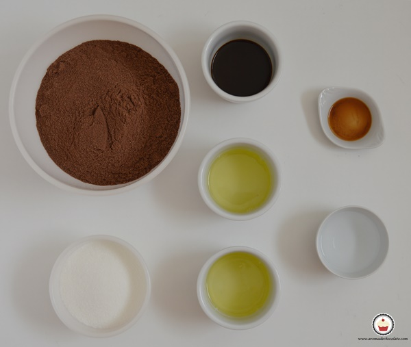 Ingredientes macarons de chocolate y avellanas. Aroma de chocolate