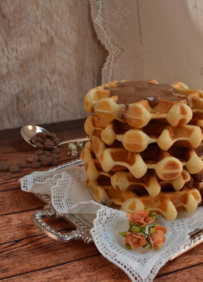 Gofres rellenos de chocolate. Aroma de chocolate