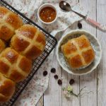 Hot cross buns. Aroma de chocolate