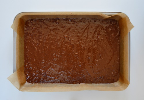Masa de brownie en molde. Aroma de chocolate