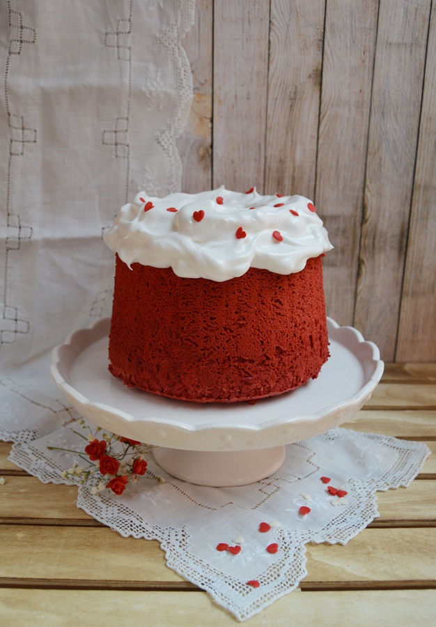 Angel food cake Red velvet. Aroma de chocolate