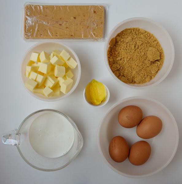 Ingredientes bundt cake marmolado de turrón de Jijona. Aroma de chocolate