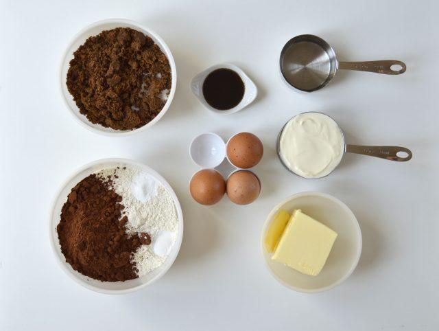 Ingredientes chocolate sour cream bundt cake